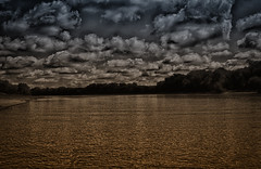 Strange Weather (kendoman26) Tags: hdr nikhdrefexpro2 niksoftware nikcoloreffex4pro nikon nikond7100 tokinaatx1228prodx tokina tokina1228 illinoisriver hss happyslidersunday clouds sky