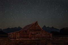 Barn under the Stars (HubbleColor {Zolt}) Tags: mormonrow night grandtetonnationalpark moultonbarn stars sky wyoming