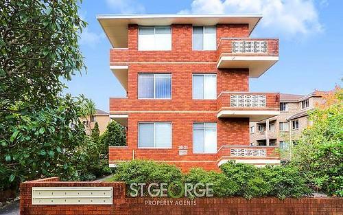 8/26 Ocean Street, Penshurst NSW