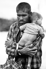 DEAR LIFE (N A Y E E M) Tags: rohingya refugee father child candid thaengkhali camp bangladesh rohingyagenocide hangsuukyi