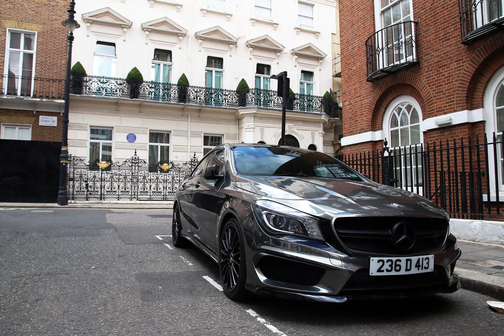 The world 39 s best photos of knightbridge flickr hive mind - Mercedes benz garage london ...