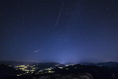 Shooting Star (iLaura_) Tags: shootingstar nightscape nighttime stellacadente notte panorama