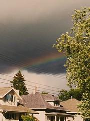 Looks better in real life. (FutureNostalgia) Tags: rainbow poststorm skycleanser greatlakesregion clevelandweather cuyahogacountypreautumnbath fallcleaning thepotofgoldisacrosstheriver blinkandyoumightmissit myfavoriteweather ohiousedtohavemorestorms makeawish