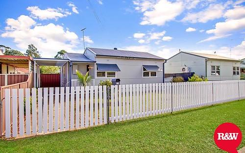 13 Araluen Av, St Marys NSW 2760