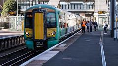 377307 (JOHN BRACE) Tags: 2001 bombardier derby built electrostar 377307 southern livery east croydon station