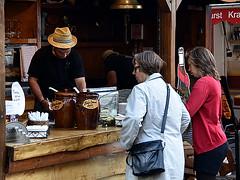 Festival Maritim 2017 (robárt shake) Tags: bremen vegesack hafenfest selling buying sale offer verkauf strasenfest outdoor commercial bude imbiss verkaufsstand volksfest stadtteilfest party strohhut