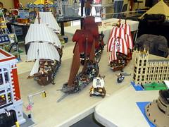 Expo A vos briques 2017 (Bossk Davalon) Tags: exposition lego collection bergerac jouet afol star wars diorama pirate carabean batman joker space classic blacktron monorail
