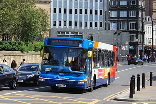 STAGECOACH 22509 SK56FKM IS SEEN PASSING NEWCASTLE CENTRAL STATION ON 19 AUGUST 2017