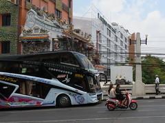 Space Invader BGK_40 (tofz4u) Tags: streetart artderue invader spaceinvader spaceinvaders mosaïque mosaic tile bangkok krungthep thailand thailande bgk40 street rue people scooter bike motorbike bus coach