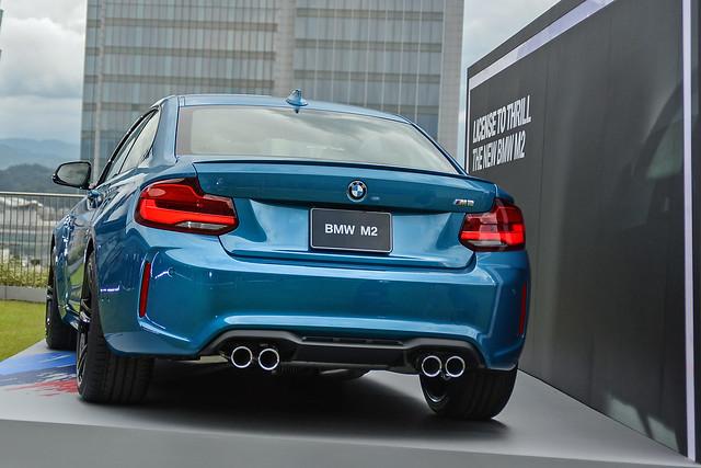 BMW2-17