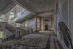 _MG_0078-HDR (KELLY JEAN PHOTOGRAPHY NL) Tags: urbex abandoned place places italie italy decay urban lost