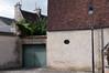 . (v a n d e r l a a n . fotografeert) Tags: 201709140655 bourges d300s france frankrijk frankrijkvakantie2017 chimneys daken lamppost lantaarnpaal muur rooftops schoorstenen sigma1850f28 wall
