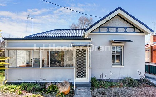 16 Hamer St, Orange NSW 2800