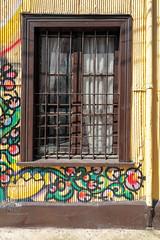 #Valparaiso 7313 as seen by #ArturoNahum (Arturo Nahum) Tags: valparaiso chile arturonahum travel viajes unescoworldheritagesite uhd 4k graffiti wallart fachadas facades artwork streetart windows ventanas