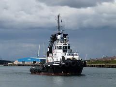 En Avant 10 Blyth 050717 (silvermop) Tags: ship boats ships sea tugboats tugs port river blyth enavant10