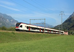 Flirt EMU,  Claro, 29 Sept 2016 (Mr Joseph Bloggs) Tags: flirt sbb biasca emu chiasso claro electric multiple unit railway railroad ffs gotthard gottardo bahn train treno