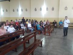 Inicio de la mision parroquial: Paulino explicando el desarrollo de los dias