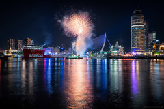 WHD Fireworks show 2017 (Anthony Malefijt - www.malefijtfotografie.nl) Tags: rotterdam wereldhavendagen fireworks vuurwerk awesome art landscape landschaft city cityscape light water night nikon wwwmalefijtfotografienl