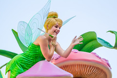 Tinker Bell (EatThisLight) Tags: disney disneyland disneyparade parade disneycharacter character facecharacter soundsational fantasy girl pretty lovely color california anaheim magic fairy pixie green tinkerbell peterpan pixiehollow pixiedust wings wand smile wave