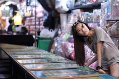 Night life - Kaohsiung (Chapo78) Tags: kaohsiung taiwan night market nightlife girl taiwanese street