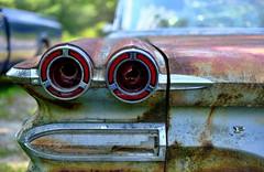 Pontiac patina (jtr27) Tags: dscf0248e jtr27 fuji fujifilm xt20 xtrans xf 35mm f2 wr pontiac patina maine newengland classic antique car automobile oxidation corrosion decay
