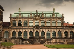 Zwinger - Dresden, Germany (ME Photography (Moritz Escher)) Tags: dresden zwinger germany deutschland canon sunset sun architektur architecture gebäude building historicalbuilding clounds sky light city stadt licht sonne himmel house new