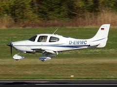D-EWWC Cirrus SR20 (johnyates2011) Tags: friedrichshafen aerofriedrichshafen cirrus sr20 cirrussr20 dewwc
