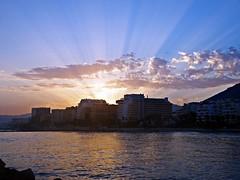 Los rayos del sol (Antonio Chacon) Tags: andalucia atardecer marbella málaga mar mediterráneo costadelsol cielo españa spain sunset