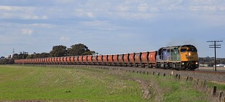 C509 and C504 power out of Horsham on an empty SSR grain to Dimboola