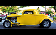 post it note yellow... (Stu Bo) Tags: hangingoutwiththefamily hotrod horsepower yellow canon certifiedcarcrazy coolcar ford cruisenight bestofshow beast sbimageworks shadows showcar sunlight warrior wildrides kustom oldschool onewickedride oneofakind sexonwheels ride