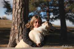 Chenia y Lena (Aildrien) Tags: mascota lena lovely pet pyrenees chenia dog animal perro oroel love perra