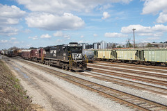 Basic Math (ajketh) Tags: ns norfolk southern ge general electric d940c standard cab columbia sc south carolina andrews yard rail freight train railroad nw western geometry math brick