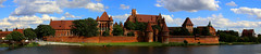 Castle of the Teutonic Order in Malbork, Malbork, Poland. (廖法蘭克) Tags: castleoftheteutonicorderinmalbork malbork poland malborkcastle castle canonef2470mmf28iil teutonicknights knights teutonic 馬爾堡 馬爾堡條頓騎士團城堡 波蘭 世界文化遺產 unesco unescoworldheritage frank photographer photography photograph frankineurope sunny sunshine vacation holiday relax weekend river 城堡 磚造 church bridge rivercity nogat circle 環景 boat 100unescoworldheritageineu architecture canon