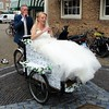 Dutch wedding (Odddutch) Tags: delft bakfiets huwelijk trouwen wedding married dutch dutchwedding bruid bruidegom bride groom