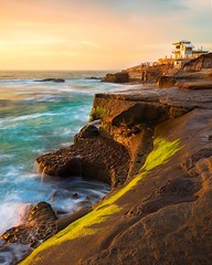 Lifeguard on Duty (lahorstman) Tags: cliffs canon5dmarkiii siruitripod sleeklens leefilters seascape lahorstmanphotography canon lifeguardstation lifeguards pacificocean sandiego california lajolla