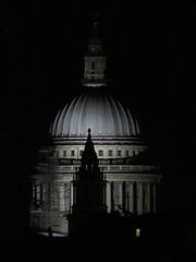 St. Paul (Toni Kaarttinen) Tags: uk unitedkingdom gb greatbritain britain london england المملكة المتحدة regneunite vereinigteskönigreich britio reinounido isobritannia royaumeuni egyesültkirályság regnounito イギリス verenigdkoninkrijk wielkabrytania regatulunit storbritannien anglaterra tinglaterra englanti angleerre inghilterra イングランド engeland anglia inglaterra англия londres lontoo londra ロンドン londen londyn лондон stpaul cathedral church night