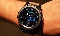 Smartphone Watch Samsung (Photo: inam.ul_haq on Flickr)