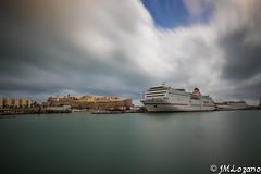Melilla levante veraniego (EXPLORE) (josmanmelilla) Tags: melilla mar nubes verano aire libre puerto barcos pwmelilla pwdmelilla flickphotowalk
