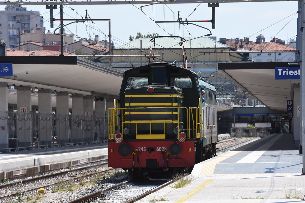train rijeka trieste - photo#42