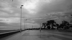 end of the summer (pepe amestoy) Tags: blackandwhite streetphotography landscape elcampello spain fujifilm xe1 voigtländer color skopar 421 vm m mount