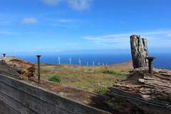 Windmills in South Maui Ranch (Xavier Desnoyers) Tags: hawaii hawai maui wind windmill turbine eolienne sea ranch wood bois mer ciel clou nail landscape sky