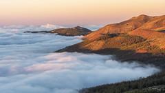 Sunset light (GC - Photography) Tags: landscape nubes clouds atardecer sunset izaña tenerife islascanarias canaryislands olympus m5markii gcphotography naturaleza nature mardenubes seaofclouds españa spain cielo sky