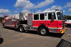 Trenton Fire Department Ladder 2 (Triborough) Tags: nj newjersey mercercounty trenton tfd trentonfiredepartment firetruck fireengine ladder ladder2 kme tiller tda