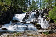 Cascade de Fontcouverte (Livith Muse) Tags: cascade eau arbre rocher névache provencealpescôtedazur france fra poselongue longexposure gx7 panasonic lumix lumixg20f17ii 20mm panasonic20mmf17ii micro43 μ43 alpes nd400