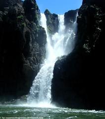 Iguazu - Lower circuit (cansounofargentina) Tags: iguazu waterfall cataratas cascade chutes argentina argentine lower circuit circuito inferior inférieur provinciademisiones