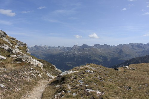vue arrière sur le Val d'Anniviers