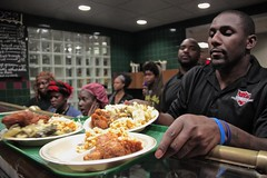 """thomas-davis-defending-dreams-foundation-thanksgiving-at-lolas-0045 • <a style=""""font-size:0.8em;"""" href=""""http://www.flickr.com/photos/158886553@N02/37042949581/"""" target=""""_blank"""">View on Flickr</a>"""