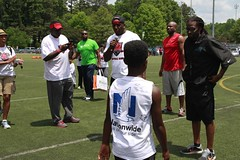 "thomas-davis-defending-dreams-foundation-0308 • <a style=""font-size:0.8em;"" href=""http://www.flickr.com/photos/158886553@N02/37185361205/"" target=""_blank"">View on Flickr</a>"