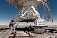 (el zopilote) Tags: llanosdesanagustín newmexico karlgjanskyverylargearray nationalradioastronomyobservatory radiotelescope vla nrao landscape rails canon eos 5dmarkii canonef24105mmf4lisusm fullframe