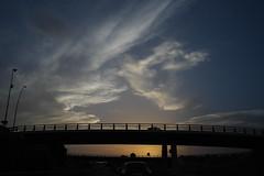 extraño ocaso (pepe amestoy) Tags: landscape sunset streetphotography alicante spain fujifilm xe1 voigtländer color skopar 421 vm m mount
